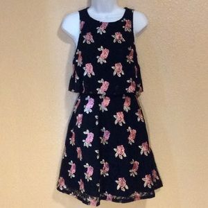 ELLE black lace dress size 2, w/embroidered roses